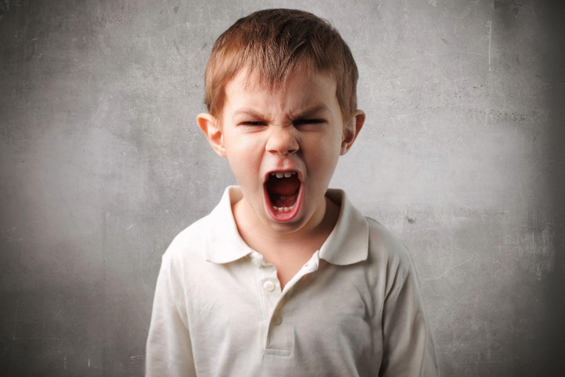 5 советов родителям агрессивного подростка